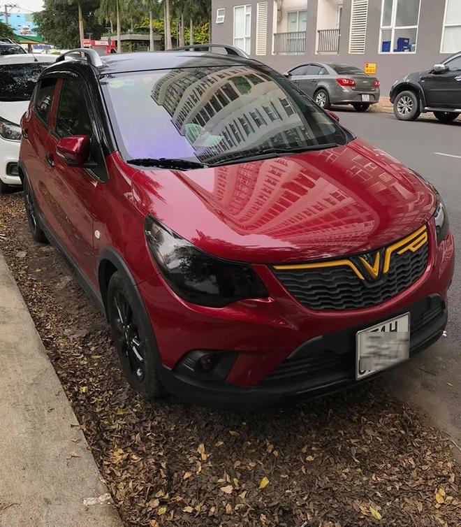 """Rộ trào lưu """"thay áo"""" cho xe Vinfast, độc nhất là chiếc Lux SA2.0 vỏ Chrome bóng như gương - Ảnh 10."""
