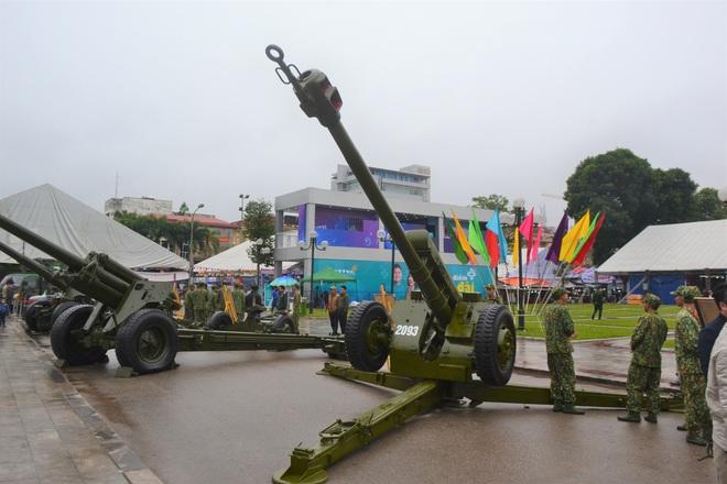 Lần đầu Pháo binh Việt Nam giới thiệu các loại hỏa lực cực mạnh trong biên chế: Gần trọn bộ - Ảnh 3.