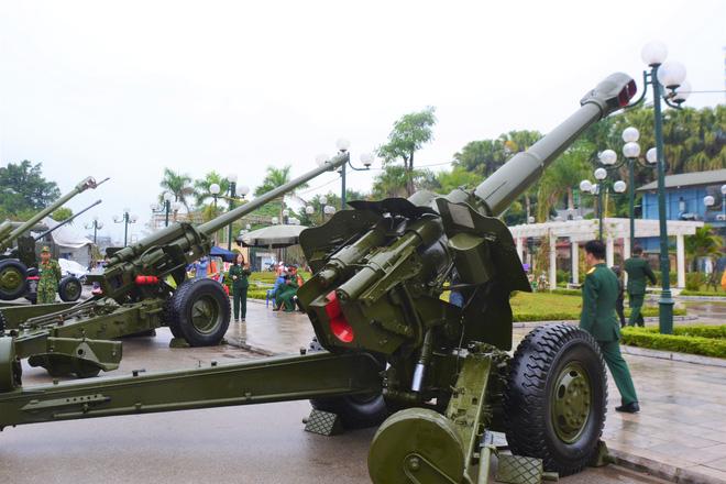 Lần đầu Pháo binh Việt Nam giới thiệu các loại hỏa lực cực mạnh trong biên chế: Gần trọn bộ - Ảnh 9.