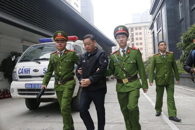 Vụ xử Vũ nhôm và hai cựu Chủ tịch Đà Nẵng: Nếu cần sẽ triệu tập ông Huỳnh Đức Thơ, Chủ tịch UBND TP Đà Nẵng - Ảnh 7.