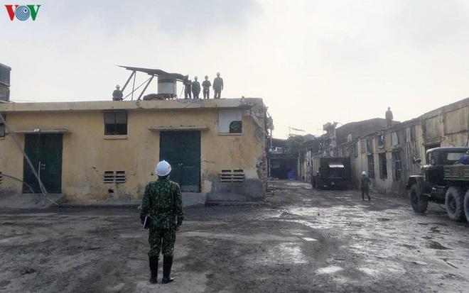 Sau 4 tháng, dân vẫn lo âu dù môi trường tại công ty Rạng Đông an toàn - Ảnh 3.