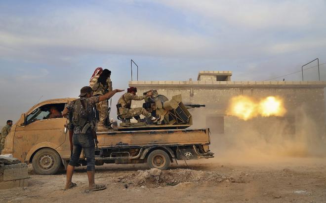 Mang binh hùng tướng mạnh đến Idlib, QĐ Syria vẫn thua đau đớn: Đặc nhiệm Tiger tháo chạy bỏ cả xe - Ảnh 1.
