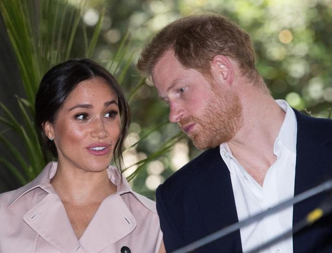 Hành trình trốn chạy hoàng gia Anh của Hoàng tử Harry - ảnh 6