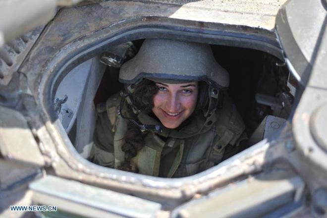 Lực lượng phòng vệ Israel: Nữ quân nhân sẽ không thể vượt qua vùng cấm này? - Ảnh 5.