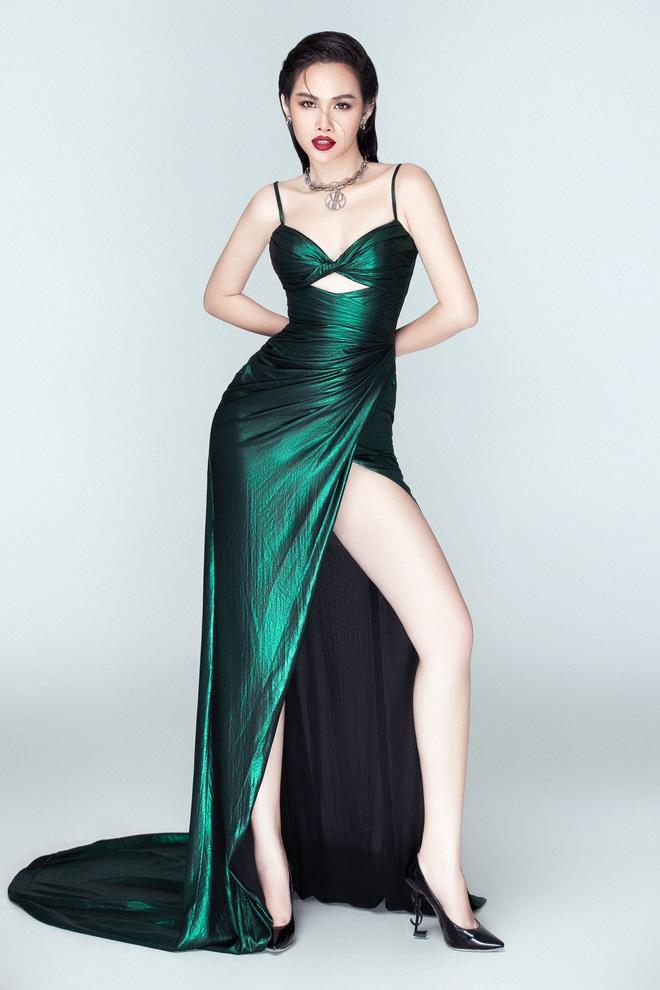 Á hậu Thanh Trang tung ảnh nóng bỏng, khoe nhan sắc nuột nà  - Ảnh 1.
