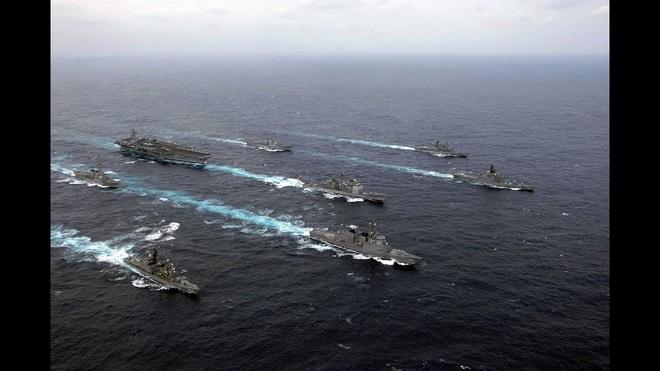 NÓNG: Lực lượng Mỹ, Anh và 8 nước châu Âu rầm rập áp sáp Iran - Hàn Quốc cũng tham chiến - Ảnh 2.