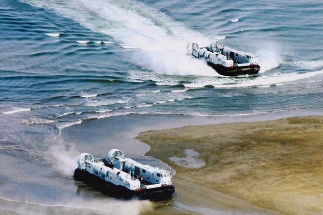 Rò rỉ ảnh quân đội Trung Quốc diễn tập đánh chiếm Đài Loan vào thời điểm nhạy cảm trong quan hệ hai bờ Eo biển - Ảnh 2.