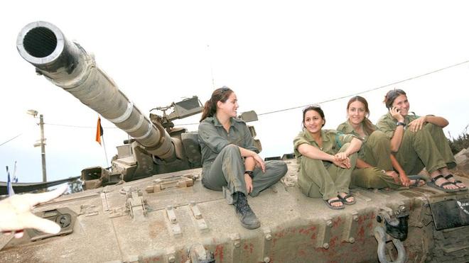 Lực lượng phòng vệ Israel: Nữ quân nhân sẽ không thể vượt qua vùng cấm này? - Ảnh 12.