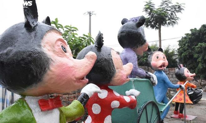 Độc đáo gia đình chuột khổng lồ nắm tay nhau dạo phố Hải Phòng - Ảnh 12.