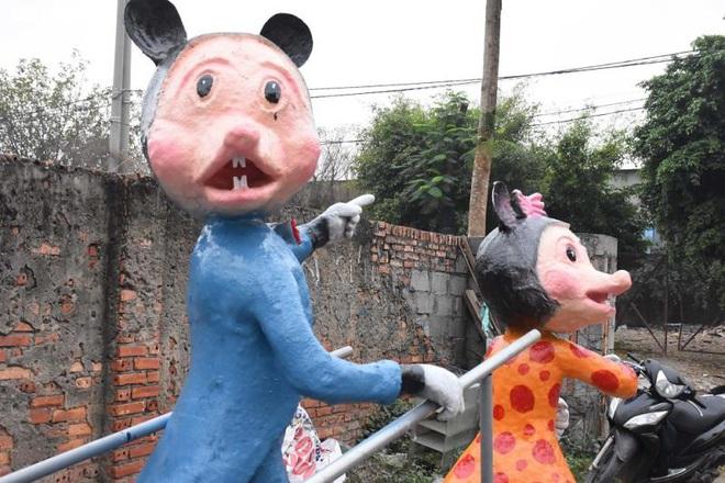 Độc đáo gia đình chuột khổng lồ nắm tay nhau dạo phố Hải Phòng - Ảnh 5.