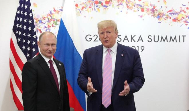 Ngả mũ trước Tổng thống Putin - Ảnh 1.