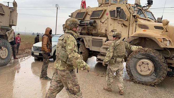 Nga dùng xe tăng để mở đường nếu Mỹ tiếp tục chặn đoàn tuần tra? - Ảnh 12.