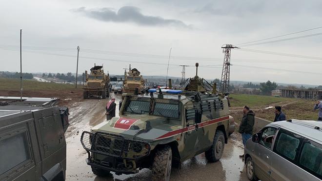 Nga dùng xe tăng để mở đường nếu Mỹ tiếp tục chặn đoàn tuần tra? - Ảnh 8.