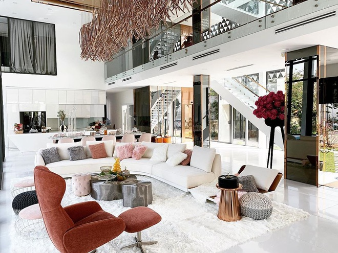 Ngọc Trinh khoe nội thất căn nhà 2 triệu đô, tiết lộ về số tiền mình kiếm được trong năm 2019 - Ảnh 3.