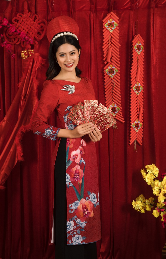 Hoa hậu Vũ Hương Giang ám ảnh khi bị hỏi chuyện chồng con dịp Tết - Ảnh 2.