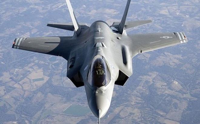 """F-35 chuẩn bị về tay Ba Lan, Nga """"đứng ngồi không yên"""""""