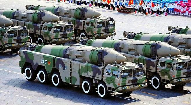 Quân đội Trung Quốc lại 'hé lộ' tên lửa săn hạm mới? - Ảnh 1.