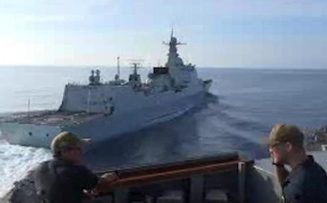 Tàu chiến Trung Quốc từng sẵn sàng cho tình huống đâm va tàu Mỹ ở Biển Đông