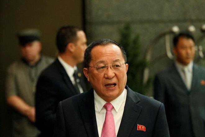 Lựa chọn bất ngờ cho vị trí bộ trưởng ngoại giao Triều Tiên - Ảnh 2.