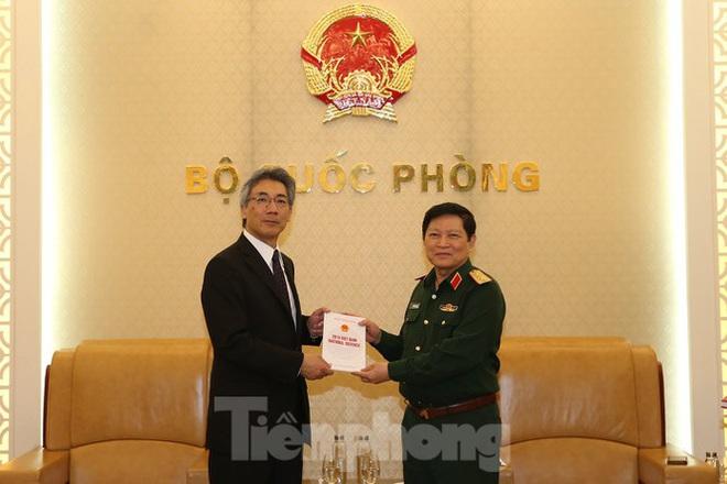 Đại tướng Ngô Xuân Lịch: Việt Nam minh bạch chính sách quốc phòng - Ảnh 4.