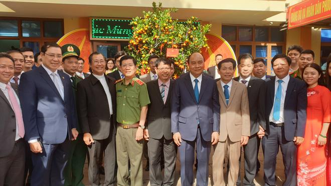 Thủ tướng Nguyễn Xuân Phúc thăm, chúc tết Công an Đà Nẵng - Ảnh 3.
