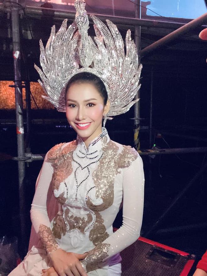 Hoa hậu Phan Thu Quyên xinh đẹp, thướt tha trong áo dài của NTK Nhật Dũng - Ảnh 3.