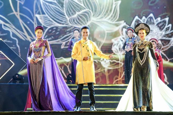 Hoa hậu Phan Thu Quyên xinh đẹp, thướt tha trong áo dài của NTK Nhật Dũng - Ảnh 11.
