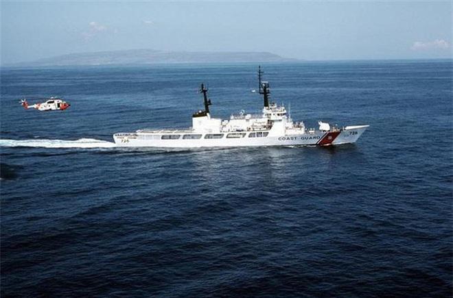 [ẢNH] Cảnh sát biển Việt Nam thăm tàu tuần tra USCGC John Midgett sắp được Mỹ bàn giao - Ảnh 10.