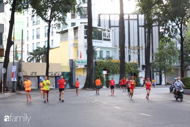 Chùm ảnh cực phẩm 1 năm chỉ có 1 lần cảnh đường phố Sài Gòn vắng vẻ khác lạ, cảm giác quá đỗi thanh bình vào sáng mùng 1 Tết - ảnh 11