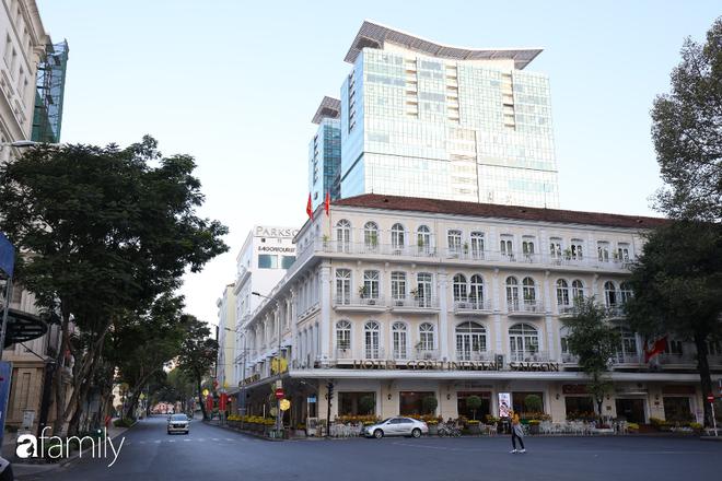 Chùm ảnh cực phẩm 1 năm chỉ có 1 lần cảnh đường phố Sài Gòn vắng vẻ khác lạ, cảm giác quá đỗi thanh bình vào sáng mùng 1 Tết - ảnh 20