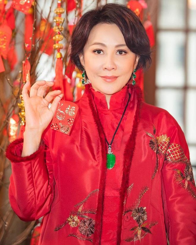 Lưu Gia Linh, Dương Mịch, Angelababy rạng ngời đón xuân - Ảnh 5.