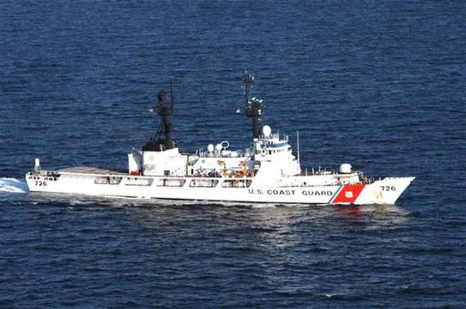 [ẢNH] Cảnh sát biển Việt Nam thăm tàu tuần tra USCGC John Midgett sắp được Mỹ bàn giao - Ảnh 7.