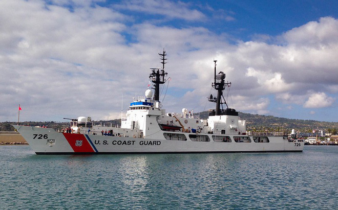 [ẢNH] Cảnh sát biển Việt Nam thăm tàu tuần tra USCGC John Midgett sắp được Mỹ bàn giao - Ảnh 8.