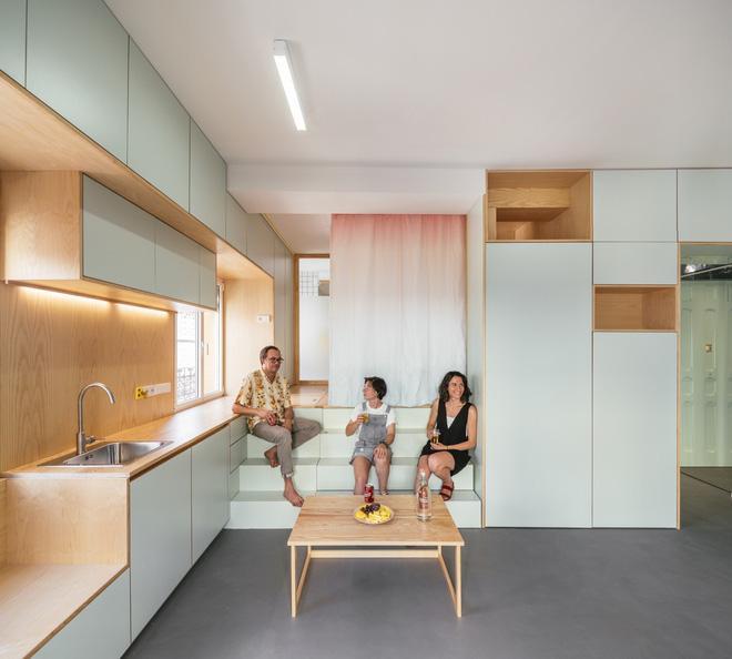 Độc đáo căn hộ 33 m2 có thể tháo lắp mọi thứ như một trò xếp hình - Ảnh 1.