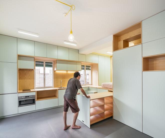 Độc đáo căn hộ 33 m2 có thể tháo lắp mọi thứ như một trò xếp hình - Ảnh 2.