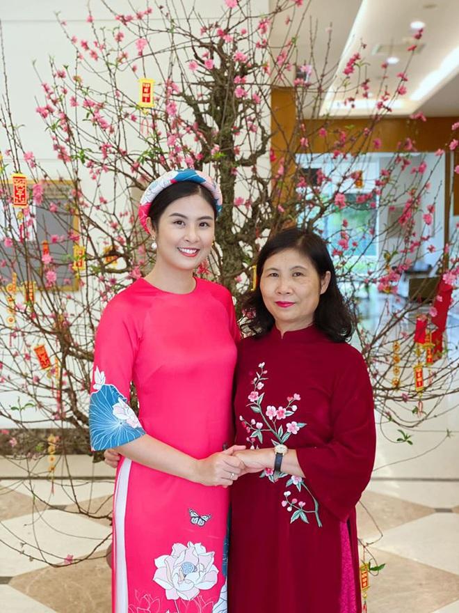 Hoa hậu Ngọc Hân đăng ảnh tình tứ với chồng sắp cưới - Ảnh 7.