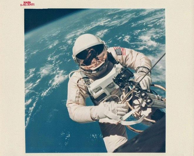 Ảnh hiếm ấn tượng về vũ trụ của NASA từ những năm 1960 - 1980 - Ảnh 7.