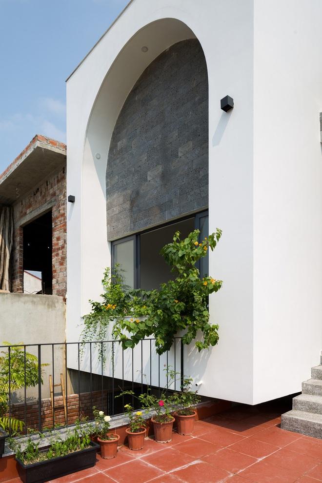 Lối kiến trúc độc đáo của ngôi nhà phố tại Hà Tĩnh - Ảnh 5.