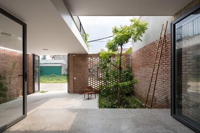 Lối kiến trúc độc đáo của ngôi nhà phố tại Hà Tĩnh - Ảnh 9.
