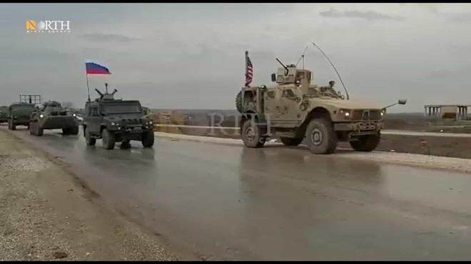 Mỹ cắt đứt hoàn toàn khả năng tiếp cận căn cứ El Kamyshli của binh sĩ Nga - Ảnh 14.