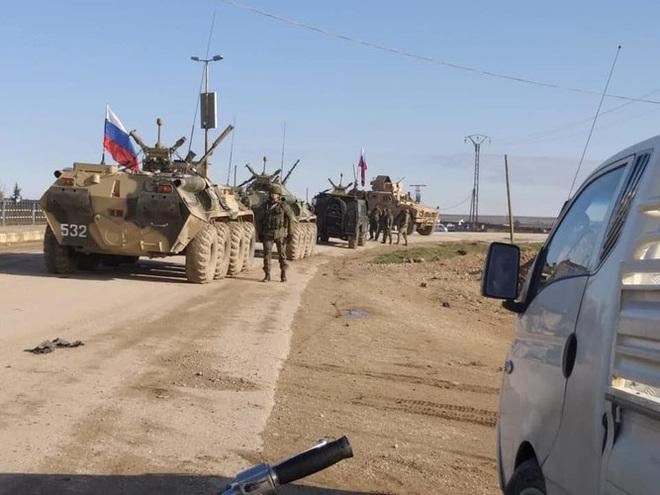 Mỹ cắt đứt hoàn toàn khả năng tiếp cận căn cứ El Kamyshli của binh sĩ Nga - Ảnh 4.