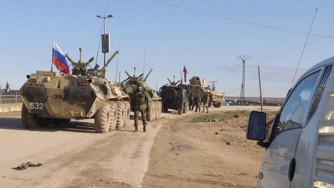 Mỹ cắt đứt hoàn toàn khả năng tiếp cận căn cứ El Kamyshli của binh sĩ Nga - Ảnh 8.