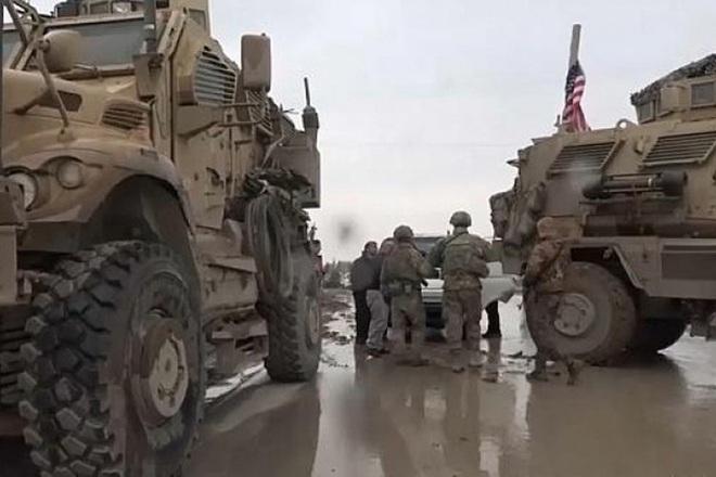 Mỹ cắt đứt hoàn toàn khả năng tiếp cận căn cứ El Kamyshli của binh sĩ Nga - Ảnh 10.