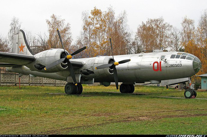 Liên Xô đã bí mật sao chép máy bay ném bom mạnh nhất của Mỹ - ảnh 20