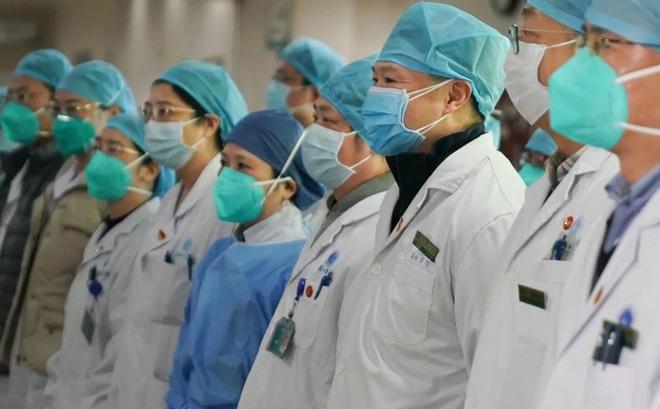 Lenovo gửi thiết bị công nghệ tới vùng dịch, Huawei xây trạm 5G hỗ trợ công tác điều trị viêm phổi tại Vũ Hán