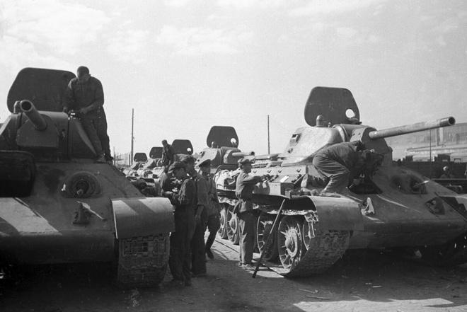 """""""Huyền thoại"""" xe tăng T-34: Chặng đường 80 năm hoàn thiện và phát triển - Ảnh 3."""