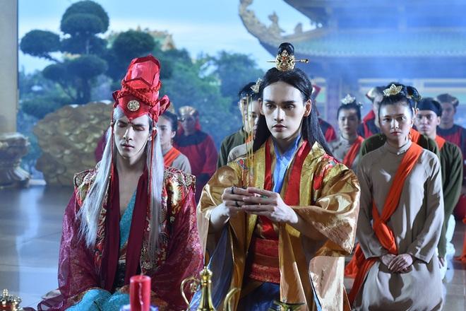 Nguyễn Trần Trung Quân diễn cảnh tình tứ gây ám ảnh với đồng nghiệp nam - Ảnh 5.