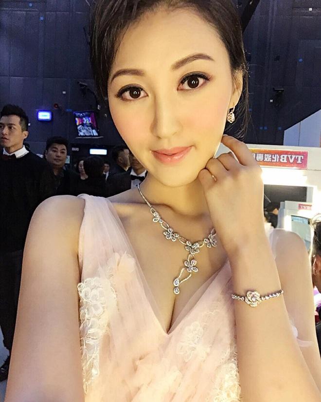 Cuộc sống xa hoa của Hà Diễm Quyên sau khi ly hôn tỷ phú sòng bạc U70 và chia tay đại gia nghìn tỷ - Ảnh 12.