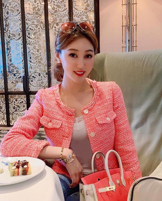 Cuộc sống xa hoa của Hà Diễm Quyên sau khi ly hôn tỷ phú sòng bạc U70 và chia tay đại gia nghìn tỷ - Ảnh 19.