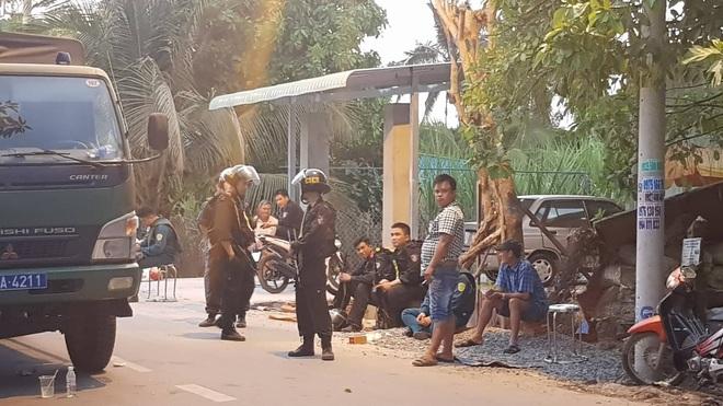 Gần 600 cảnh sát truy bắt kẻ nổ súng khiến 5 người tử vong ở Sài Gòn - Ảnh 3.